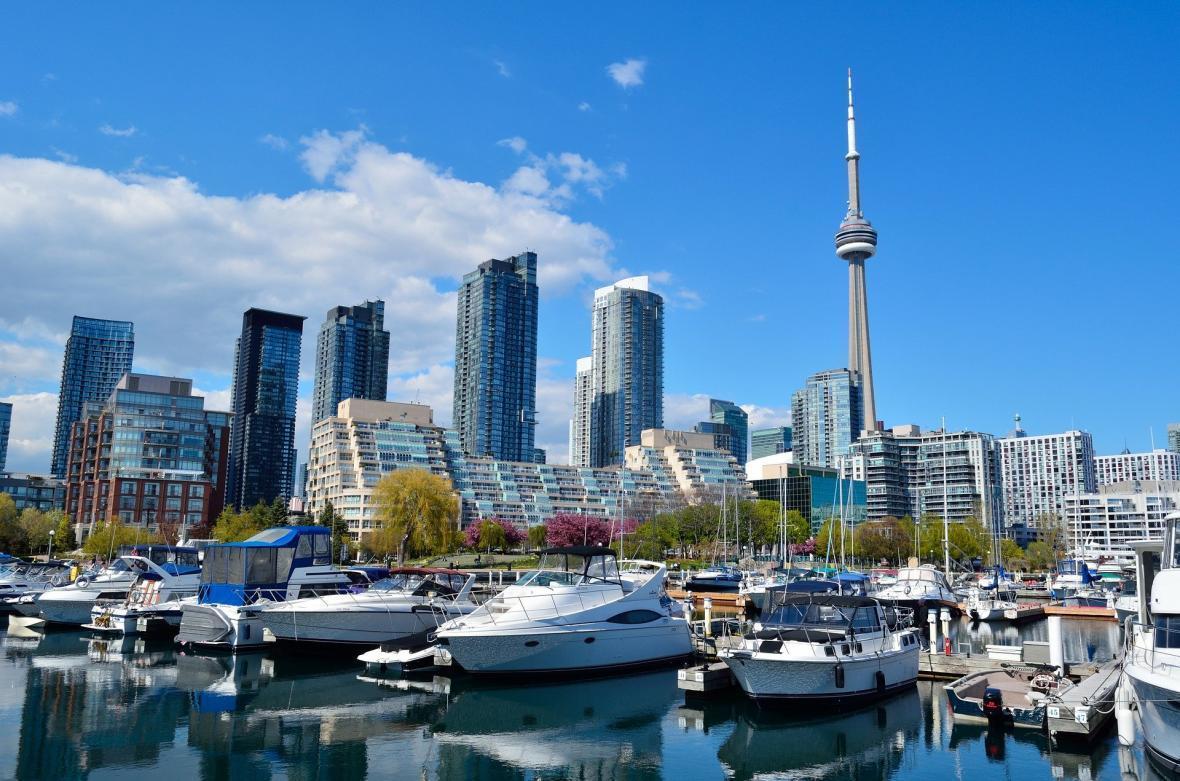 مقاله: برج سی ان تورنتو (کانادا)